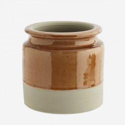 Pot de fleurs brut et terracotta