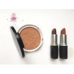 Duo maquillage naturel : rouge à lèvres et poudre de soleil