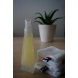 Produit démaquillant biphasé ou eau micellaire
