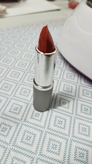Rouge à lèvres 100% naturel en tube