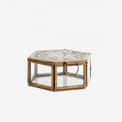 Boîte hexagonale avec découpes